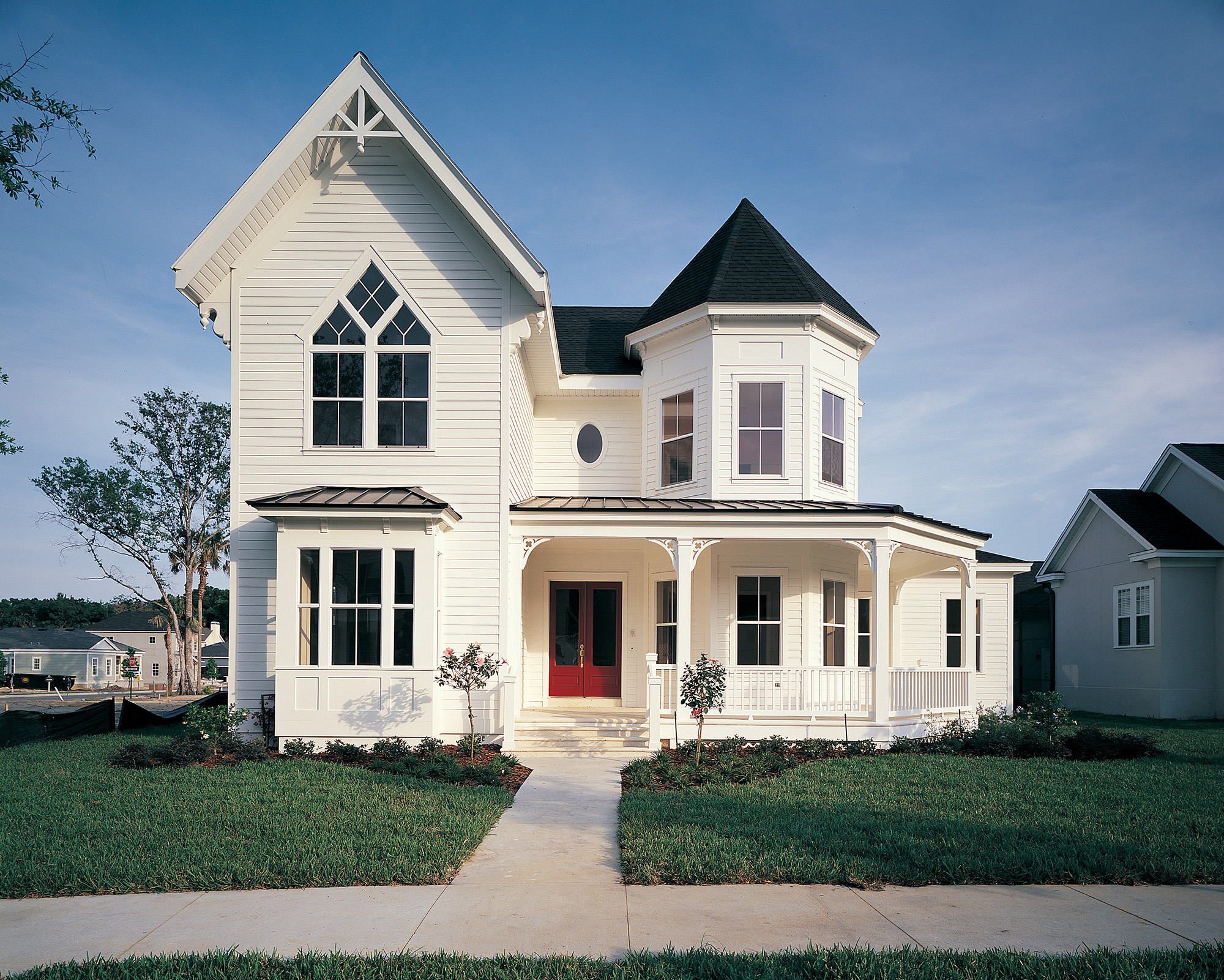 Cover Up Construction - Siding - If you have a distinctive home you have to have a first-class siding installation.